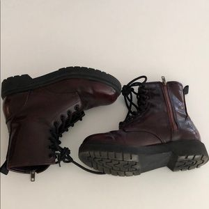 Maroon zip up combat/military style boots